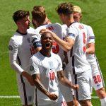 Các ngôi sao đội tuyển Anh bối rối khi bị Từ Chối đồ uống giải lao trong cái nóng oi bức tại trận chiến thắng trước Croatia tại Wembley